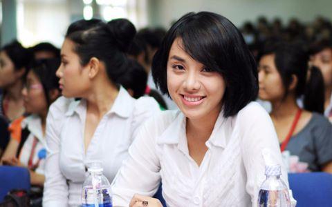 'Sinh viên mới ra trường chưa đủ năng lực nhận lương 2.500 USD'